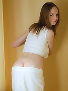 Elise Slim Sexy