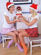 Irie and Era - Busty cuties in Santa hats dildo